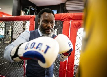 The Amazing True Story of a Boxing World Champion Turned Lawyer: Lovemore Ndou
